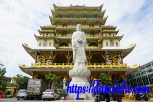 Chùa Vạn Đức – Ngôi chùa có chánh điện cao nhất tại Sài Gòn