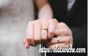 Đeo nhẫn cưới tay nào, ngón nào là đúng cho con gái con trai
